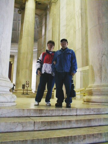 Jorge and Karin Matias at the Jefferson Memorial, Washington D.C.